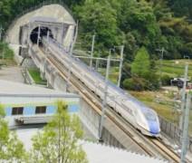 北陸新幹線トンネル